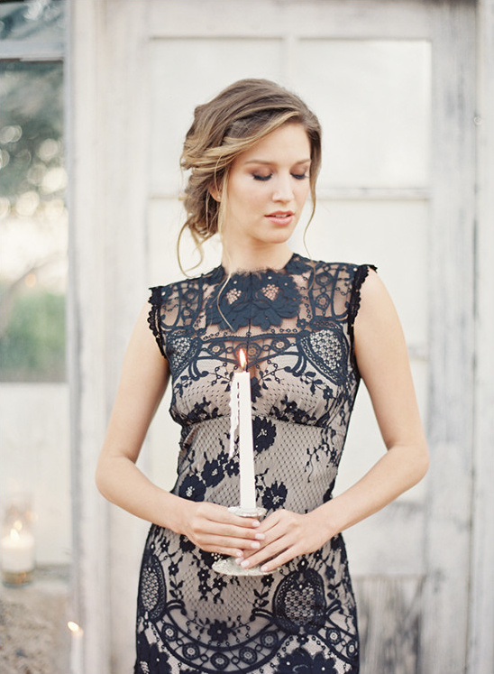 black lace wedding gown @weddingchicks