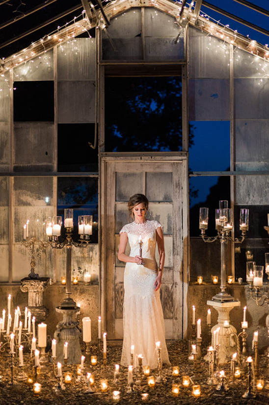 beautiful wedding lighting idea @weddingchicks