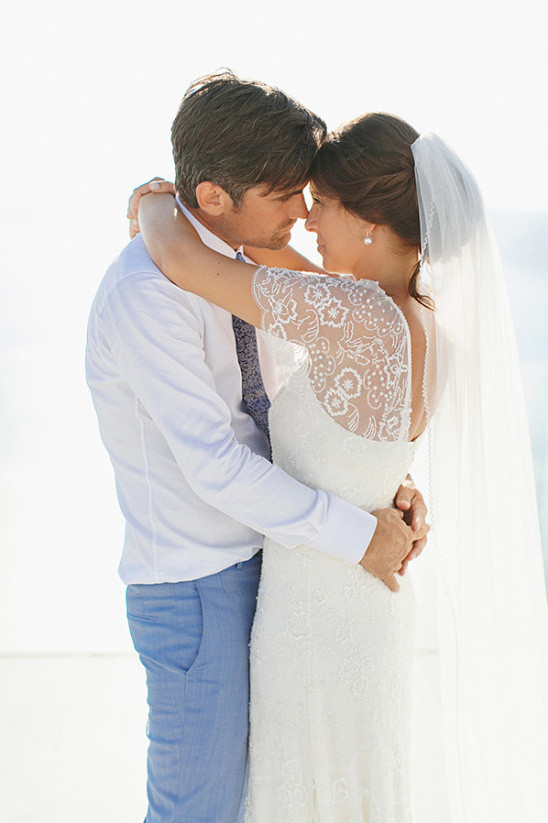 wedding photography in greece @weddingchicks