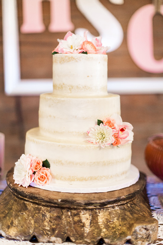 almost naked wedding cake @weddingchicks