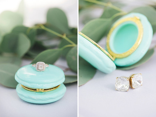 wedding jewel details @weddingchicks