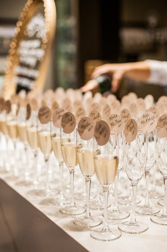 champagne escort cards @weddingchicks