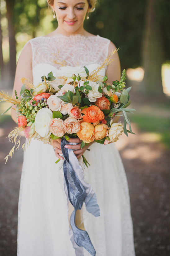 orange peach and white wedding bouquet @weddingchicks