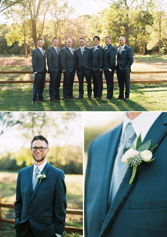 grey-and-blue-groomsmen