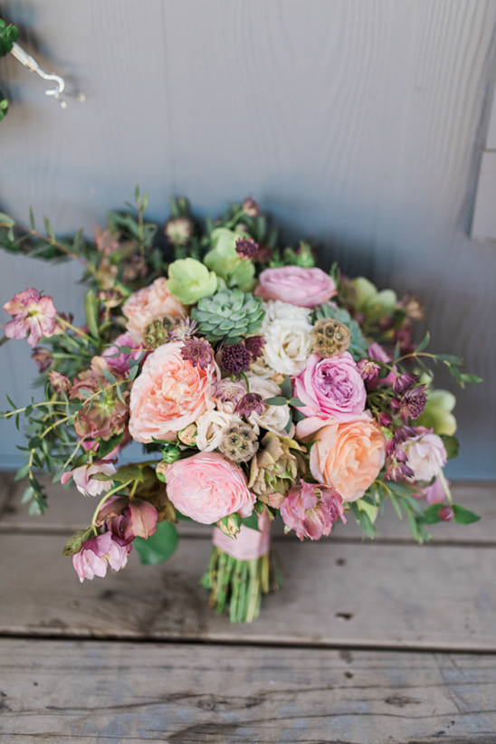 peach pink and green bouquet
