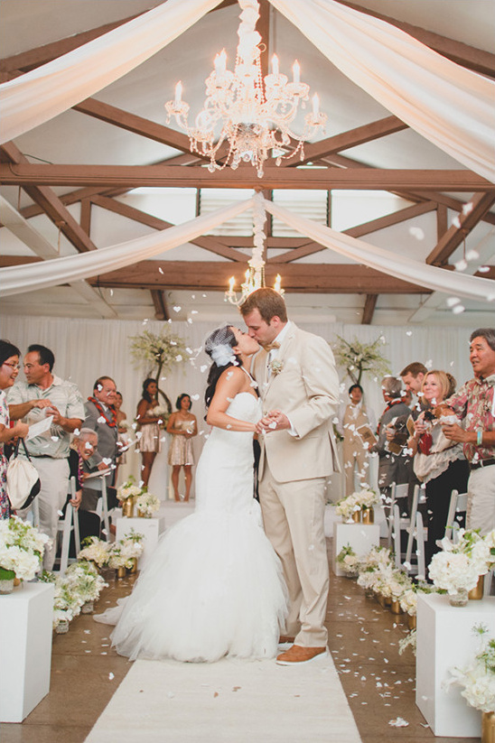 Shabby chic ceremony and confetti exit