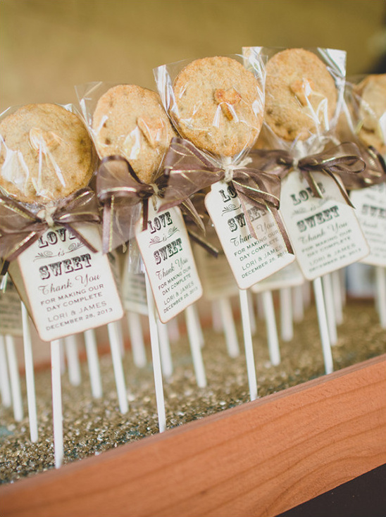 Pie Pops Wedding Favors With Personalized Tag