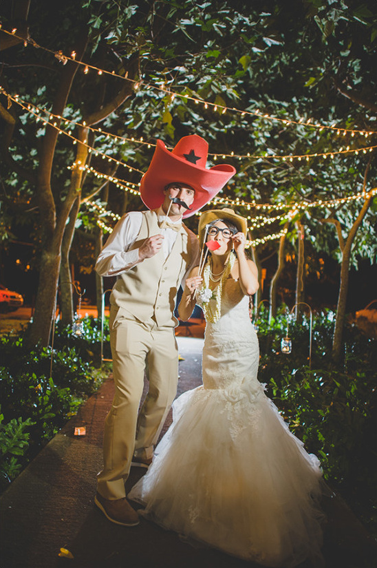 Wedding photo booth prop ideas and lighting