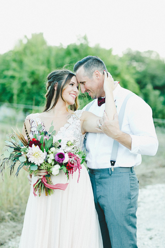 red green and gold shabby chic wedding