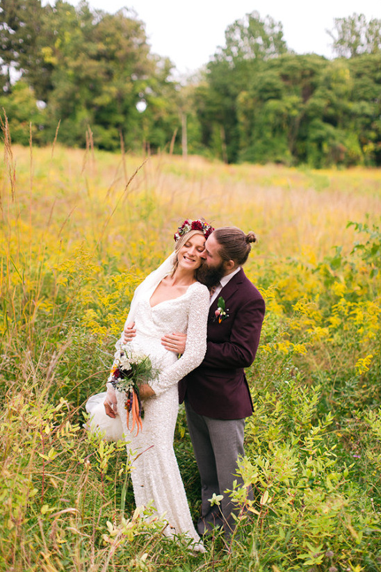 Whimsical wedding photography ideas in field