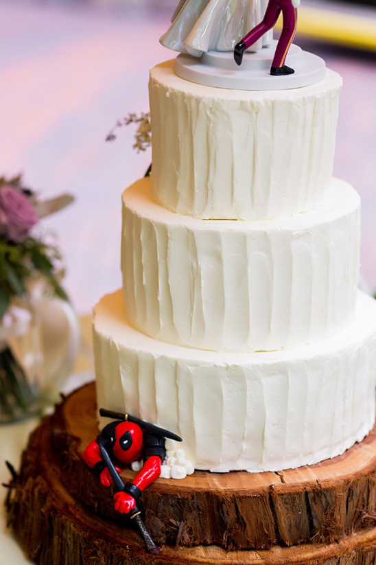 Wedding cake with dead pool