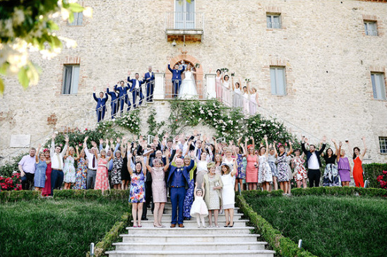 Wedding party photo idea in Italy