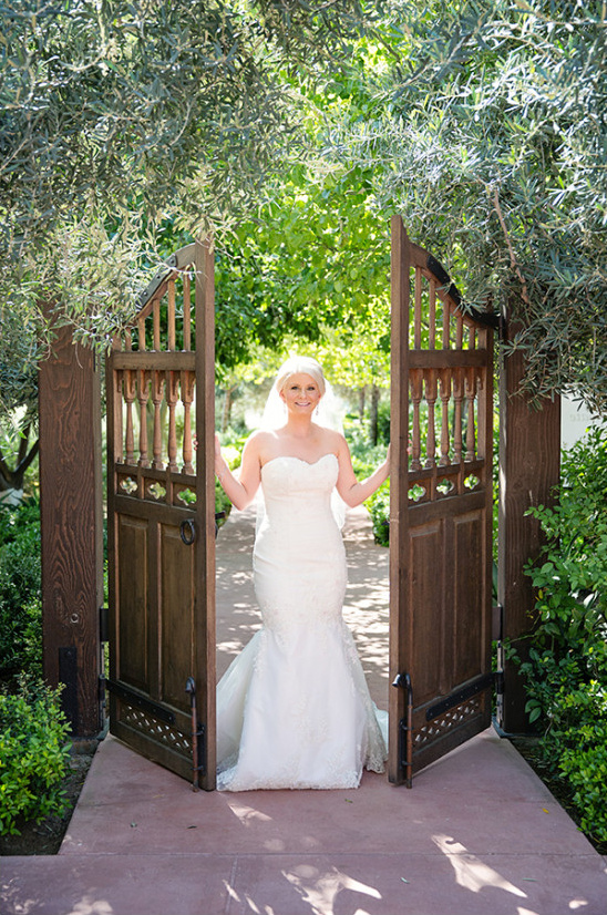 romantic and dramatic wedding phtography