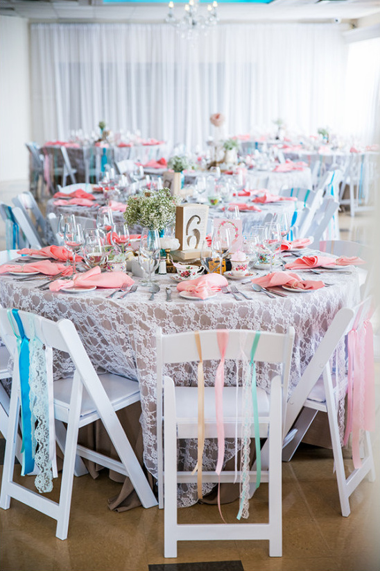 ribbon and lace seat decor