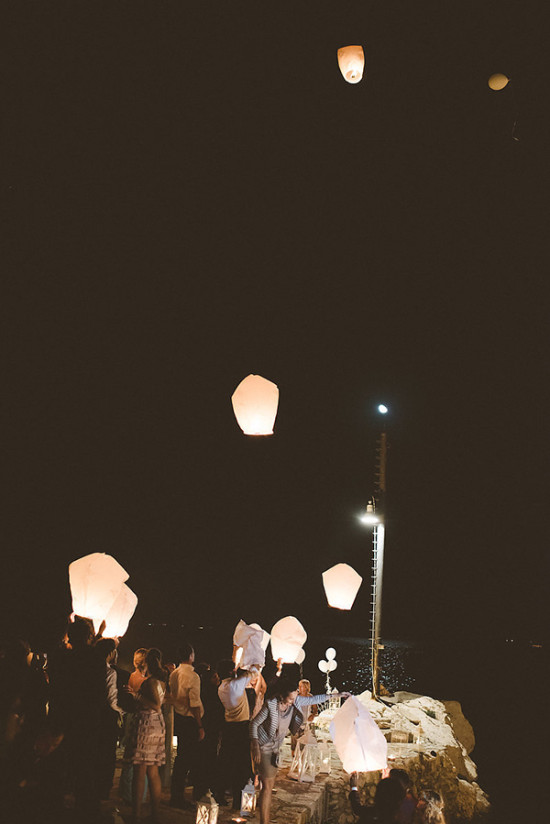 Wedding lantern sendoff