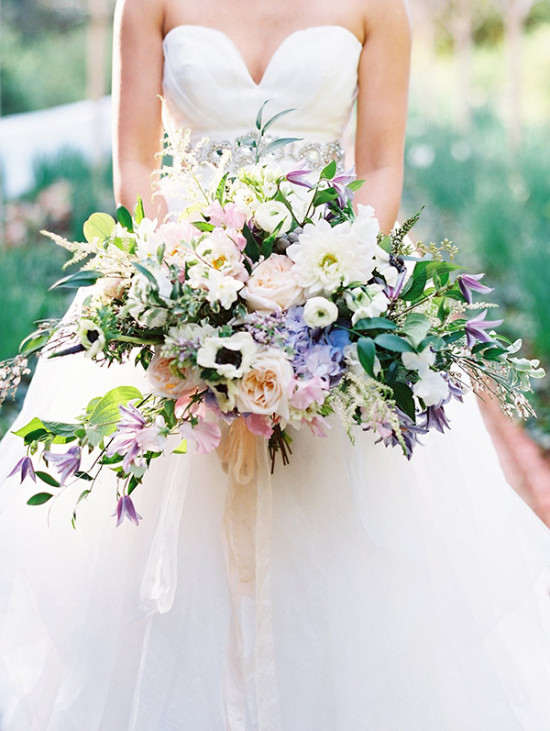 lavender and blush wedding bouquet