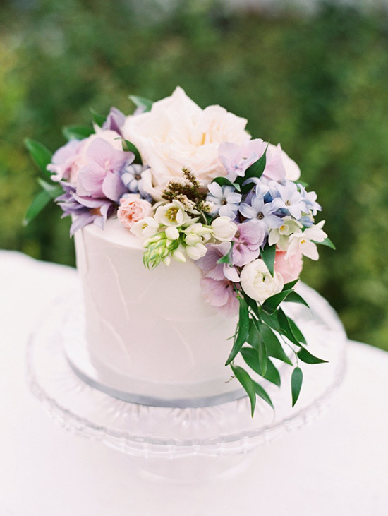 light lavender wedding cake