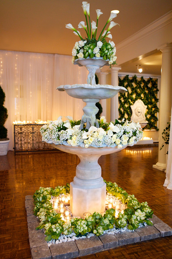 Wedding fountain decor