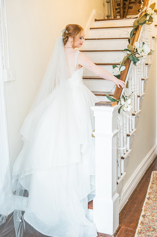 classic bride wedding look