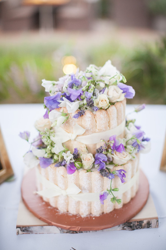 Purple wedding cake with bows