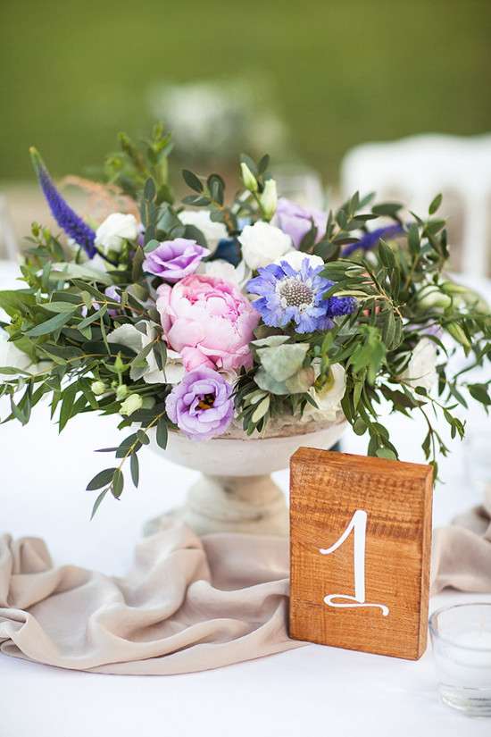 rustic chic table number and centerpiece