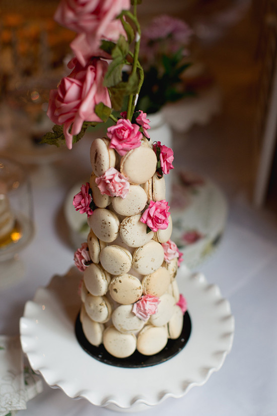 Macaron cake with roses