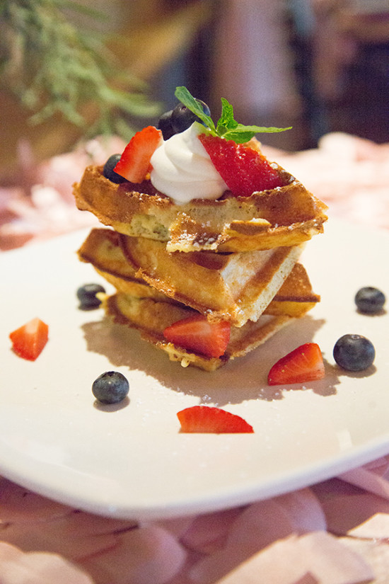 wedding food idea waffles