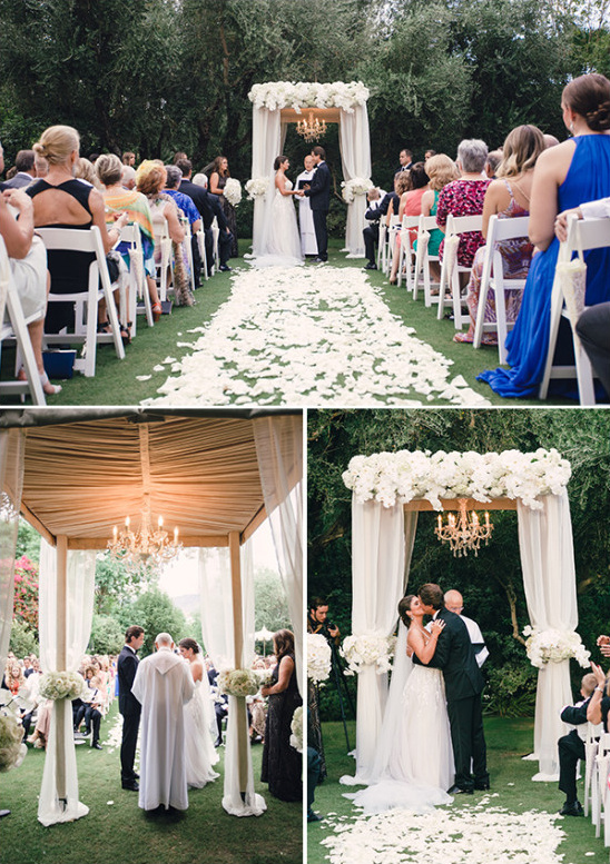 White and gold wedding ceremony