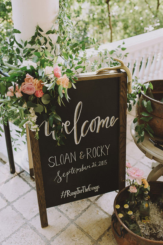 Rustic welcome wedding sign