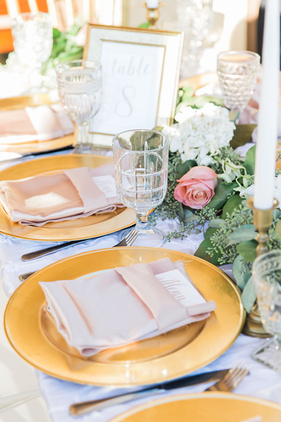 glam modern chic table decor