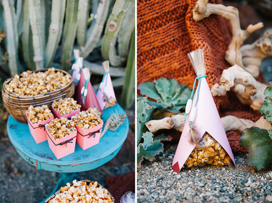 Popcorn wedding favor idea