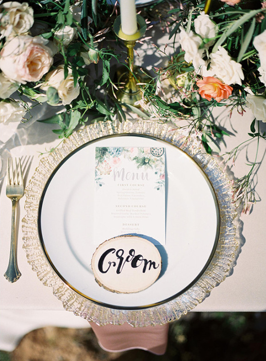 organic place card and elegant table setting