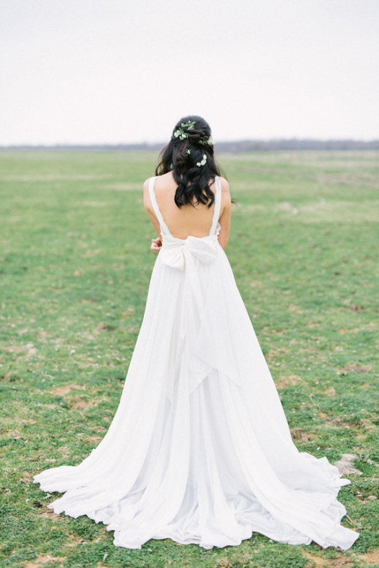 Back of wedding dress with bow