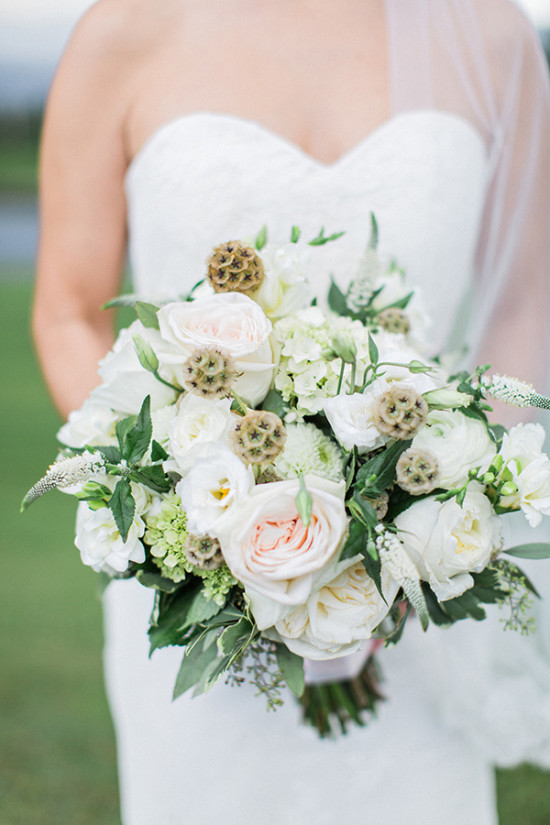 light blush and white wedding bouquet