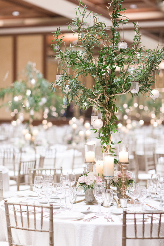 centerpiece tree with hanging lanterns