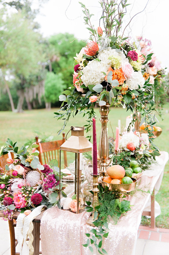 Outdoor reception table decor