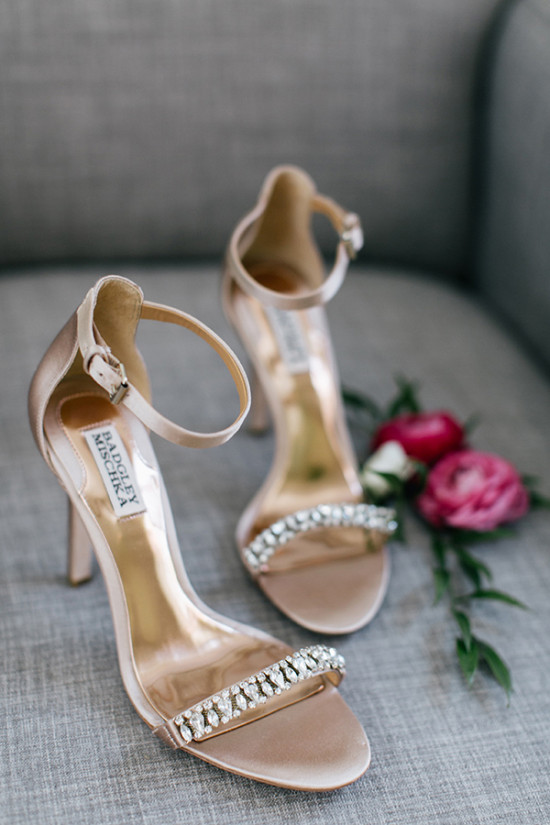 badgley mischka strappy heels