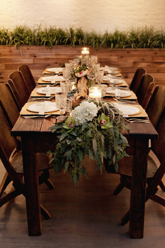 rustic wedding dinner table