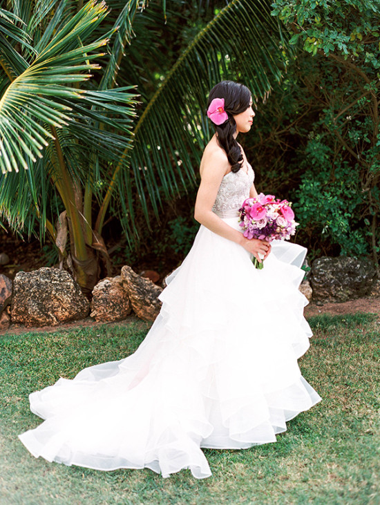 lovely tulle teired wedding dress