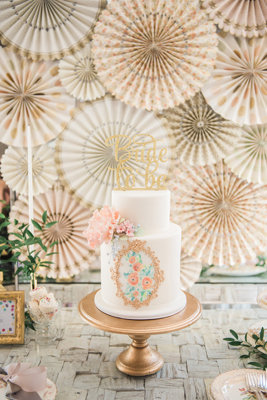 pretty paper cake table display