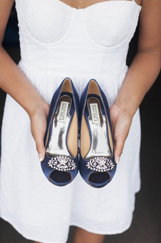 navy blue badgley mischka shoes