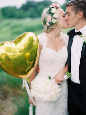 Gold and Mint Wedding Ideas