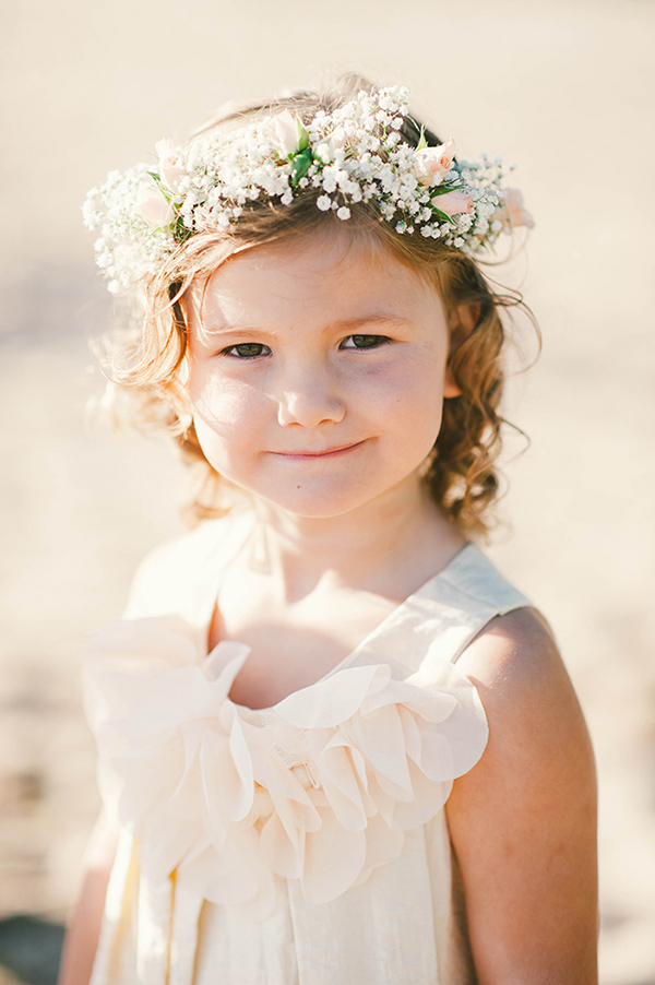Cute flower girl's hair crown with baby roses and baby's breath