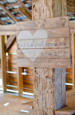 Sweet and Simple Outdoor Wedding