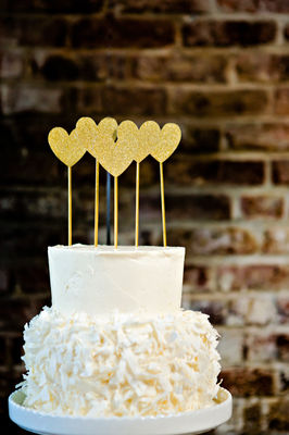 Modern Black And Gold Wedding Ideas