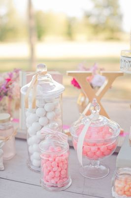 Rustic Shabby Chic Outdoor Wedding Ideas