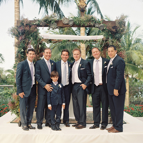 navy suit groomsmen look
