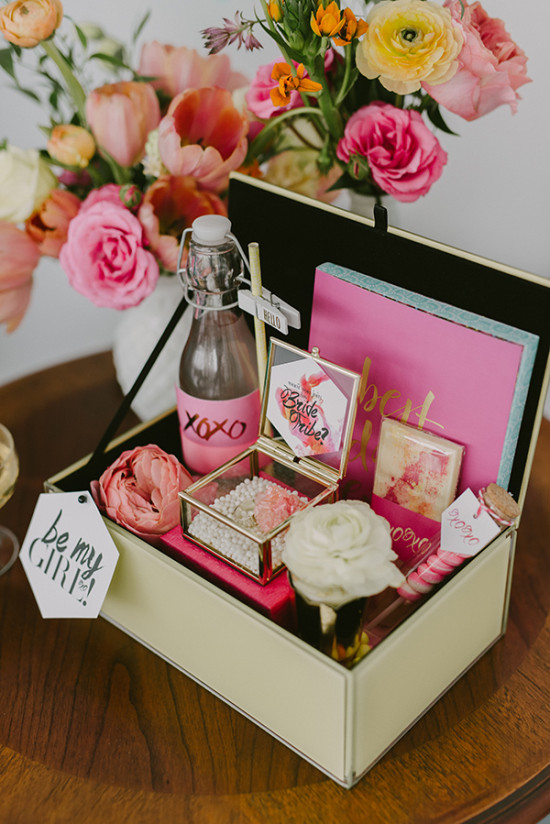 Cute Wedding Gift Ideas For Bride : BlogCute Bridal Shower Ideas