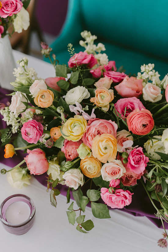 bright and cheery floral centerpiece