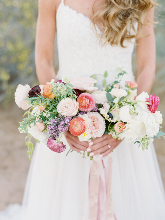Soft and elegant wedding bouquet